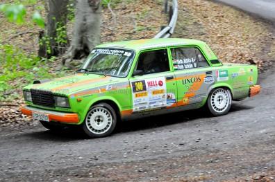 240.Tóth Attila,Tóth István Lada 2107