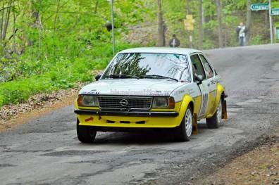 302.Gaál Ádám,Kalapács Kornél Opel Ascona B